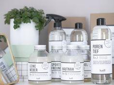 Waschmittel und Reiniger. Umweltfreundlich. So natürlich wie selbst gemacht von KAELL https://www.minimenschlein.de/inspiration/wellness-fuer-eure-waesche-mit-kaell