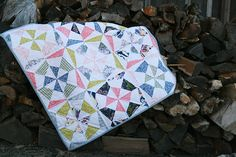 Tilt a Whirl Baby Quilt, free pattern. Paper pieced. I would like to do this smaller as a doll quilt and use tiny scraps
