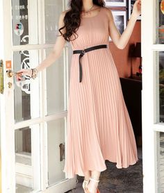 Sleeveless Pleated Pink Chiffon Maxi Dress