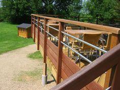 Metal Railings, Deck Railings, Deck Railing Design, Deck Colors, Architecture Details, Garden Bridge, Exterior Design, Backyard, Outdoor Structures