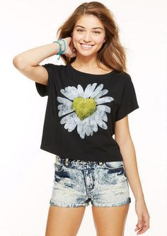 Daisy Heart Tee - Graphic Tees - Tops - Clothing - dELiA*s