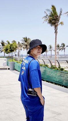 Lee Donghae, Eunhyuk, Super Junior Donghae, Dong Hae, Tvxq, Boyfriend Material, Asian Fashion, Korean Singer, Boy Bands