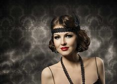 Struggling to find a chic vintage hairdo for Halloween? Then you need to take a look at these incredible Great Gatsby hairstyle ideas! | All Things Hair - From hair experts at Unilever