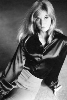 Who is Yvette Mimieux? This can be a very common question for many and that's why you should know that Yvette is a famous American film and TV actress who has taken retirement from the industry. Sherry Jackson, Yvonne Craig, Anna Karina, Blond, Yvette Mimieux, Katharine Ross, Mod Girl, The Time Machine, Women In History