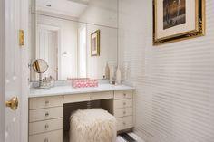 Hurlingham | A 13-Acre Greenwich Estate Guest Bathroom