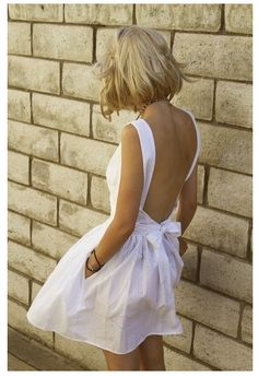 Backless summer dress...Lucy can u make me this dress please??
