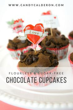 These finger-licking chocolate cupcakes are flourless (made with almond flour) + sugar-free (thanks maple syrup!). All the fun, none of the guilt!