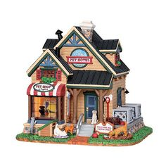 Make 2018 a year to remember with the latest Lemax holiday village collectables. Start a family Christmas tradition with Lemax Village Collection today! Christmas Village Collections, Christmas Village Sets, Christmas In The City, Halloween Village, Christmas Town, Christmas Villages, Christmas Traditions, Village Lemax, Vail Village