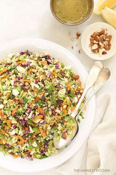 Crunchy Detox Salad.. Ready for some salad love? This is an ultra simple recipe both for the salad and its dressing. It's made with fresh, local and organic ingredients that are crisp and bursting with flavor. #salad #eatclean