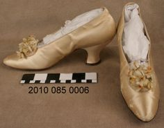 Pair of Off-white Satin Wedding Shoes (1912)