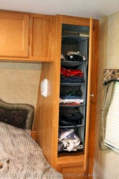 RV And Camping. RV Camping Advice and Tips For A Great Vacation. Photo by likeaduck Do you think RV camping is easier than using a regular tent? RVs can let you sleep in soft and comfortable beds, cook wonderful meals in Travel Trailer Organization, Rv Travel Trailers, Rv Organization, Camper Trailers, Travel Trailer Decor, Travel Trailer Living, Travel Camper, Airstream Campers, Airstream Interior