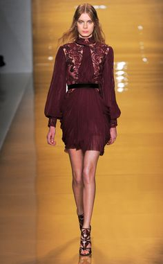 Reem Acra Fall/Winter 2015 burgundy lace and chiffon dress