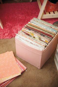 Organize paper in folders