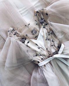 Source by leilanirenner Dresses Grad Dresses, Ball Dresses, Ball Gowns, Mint Prom Dresses, Pretty Outfits, Pretty Dresses, Beautiful Dresses, Elegant Dresses, Formal Dresses