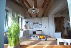Strandhaus I Fehmarn  Fehmarnsund  - offene Küche in Backbord