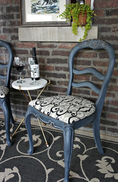 Whimsical Perspective Makeover: Chairs in Graphite with a French Linen Wash. Annie Sloan Chalk Paint