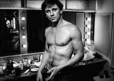 Young Daniel Craig  Photograph by Simon Annand, 1999 at the Royal Court Theatre