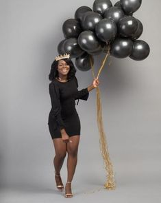 All Black with a touch of Gold Birthday PhotoShoot Photo poses 35 16th Birthday Outfit, Birthday Outfit For Women, Birthday Goals, 27th Birthday, Sweet 16 Birthday, Birthday Woman, Birthday Ideas, Women Birthday, Senior Photography