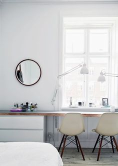 Do you want too have home office with rustic style looks modern? Here our team provide rustic farmhouse home office design ideas for you. Workspace Inspiration, Interior Inspiration, Sweet Home, Home Office Design, House Design, Office Designs, Office Ideas, Bedroom Workspace, Deco Design