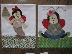 Lindos e diferenciados panos de pratos com aplicações de Joaninhas. Preço por unidade