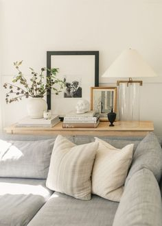 Home Interior Wall Classic Autumn Decorating - Harlowe James.Home Interior Wall Classic Autumn Decorating - Harlowe James Simple Living Room, Home Living Room, Living Room Designs, Living Room Decor, Living Spaces, Small Living, Apartment Living, Modern Living, Cozy Living