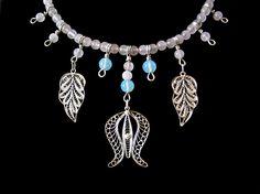 Gioielli – Jewelry, Collana (particolare) – Necklace (detail), Quarzo rosa, pietra di luna, filigrana di puro argento, argento 950 e seta – Pink quartz, moonstone, pure silver filigree, silver 950 and silk, DISPONIBILE – AVAILABLE, Visit my on line shops: http://small-art-gallery.alittlemarket.com or http://small-art-gallery.artesanum.com