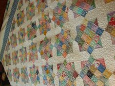 1930s Fabric Quilt. What a beautiful quilt.