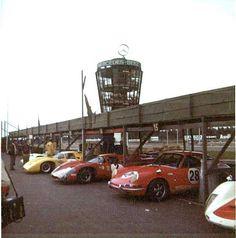 Nordic Challenge Cup 24.8.1969. Kuvassa oikealla pilkistää ilmeisesti Laineen Porsche 906:n nokka