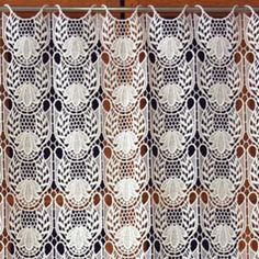 Heavy Lace Tier Curtain available online in custom size. Direct from French manufacturer, expert in lacemaking since