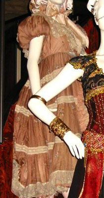 Baby Doll from Moulin Rouge's beautiful pink dress. Moulin Rouge Costumes, Pink Dress, Dress Up, Art Costume, Costume Design, Theatre, Lace Up, Child, Doll