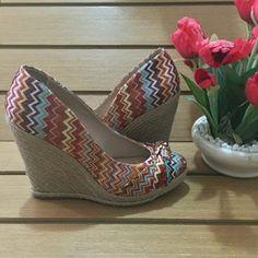 Sapato Anabela Schutz Étnica