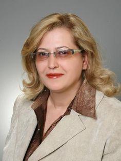 CHP Edremit İlçe Kadın Kolları Başkanı Songül Toplamaoğlu, Doç. Dr. Bahriye Üçok'un ölümünün 26. Yıldönümü nedeniyle bir açıklama yaptı.