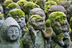Stone statues at Otagi Nenbutsu-ji temple, Kyoto, Japan. (Click to view larger image).