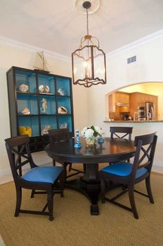 Casual Dining Room Blue