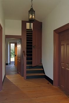24 Trendy Ideas For Stairs Landing Stairways Primitive Homes, Loft Stairs, Basement Stairs, Halls, Stair Landing, Attic Remodel, Attic Rooms, Staircase Design, Staircase Gate