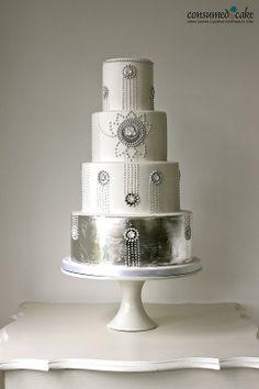 gâteau art déco blanc & argent