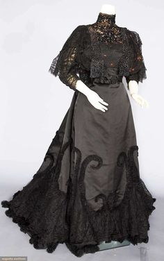 1890s Evening Dress | House of Worth | France; Paris | silk, beads | Augusta Auctions