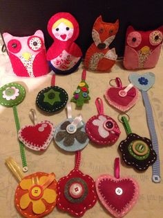 Some simple felt creations - keyrings, bookmarks and toys