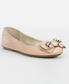 peach flats for the bridemaids <3
