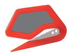 Semplice taglierino utile per una rapida rifilatura di carta, vinile e stampe in generale.