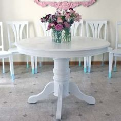 My complete dining set reveal including instructions on how to paint your own dining set!