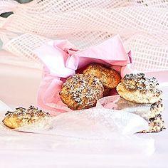 Avocado Cookies - gluten, grain and dairy-free. Simple gluten, grain and dairy-free cookies with avocado used as the fat content. Dairy Free Cookies, Paleo Cookies, Dessert Bread, Paleo Dessert, Avocado Uses, Healthy Sweets, Healthy Snacks, Healthy Eating, Avocado Cookies