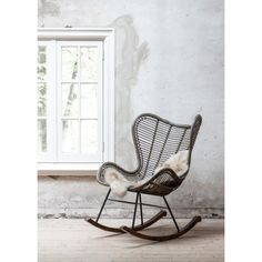 Schommelstoel Bali, - Lilly is Love Egg Chair, Sofa Chair, Bali, Loft Interiors, Room To Grow, Scandinavian Interior, Living Room Chairs, Rocking Chair, My Room