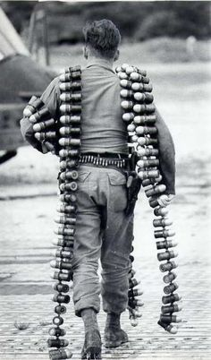 Bien Hoa Vietnam 1967 ChopperGunner - Grenades w.g.
