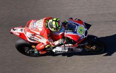 Hasil FP3 MotoGP Valencia 2015, Iannone Tercepat di Sesi Ketiga - http://www.rancahpost.co.id/20151143959/hasil-fp3-motogp-valencia-2015-iannone-tercepat-di-sesi-ketiga/