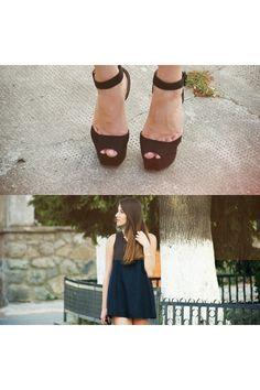 Black-zara-shoes-salmon-vero-moda-bag-black-zara-top-black-h-m-glasses_400
