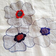 Gorgeous hand stitched flowers via Treehouse Textiles