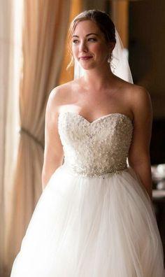 Wedding dress idea; photo: Asya Photography
