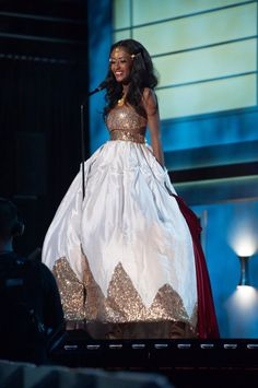 Miss Universe National Costumes 2015 Ethiopia