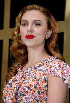 Hollywood Actress Scarlett Johansson ...  Hmmm!! Tasty...